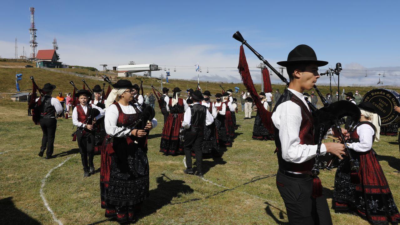 Más de 300 gaiteiros en la cumbre de Manzaneda.Imagen de archivo de los juzgados de Xinzo