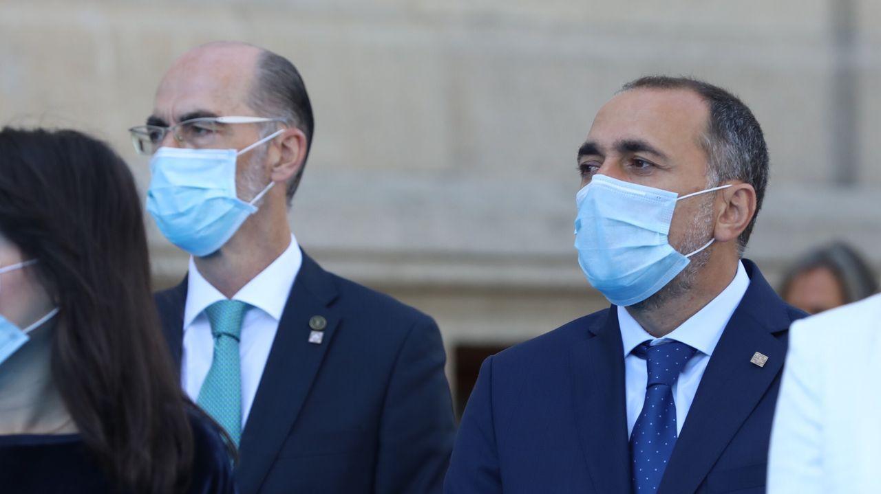 Almuiña y su sucesor en Sanidade, Julio García Comesaña
