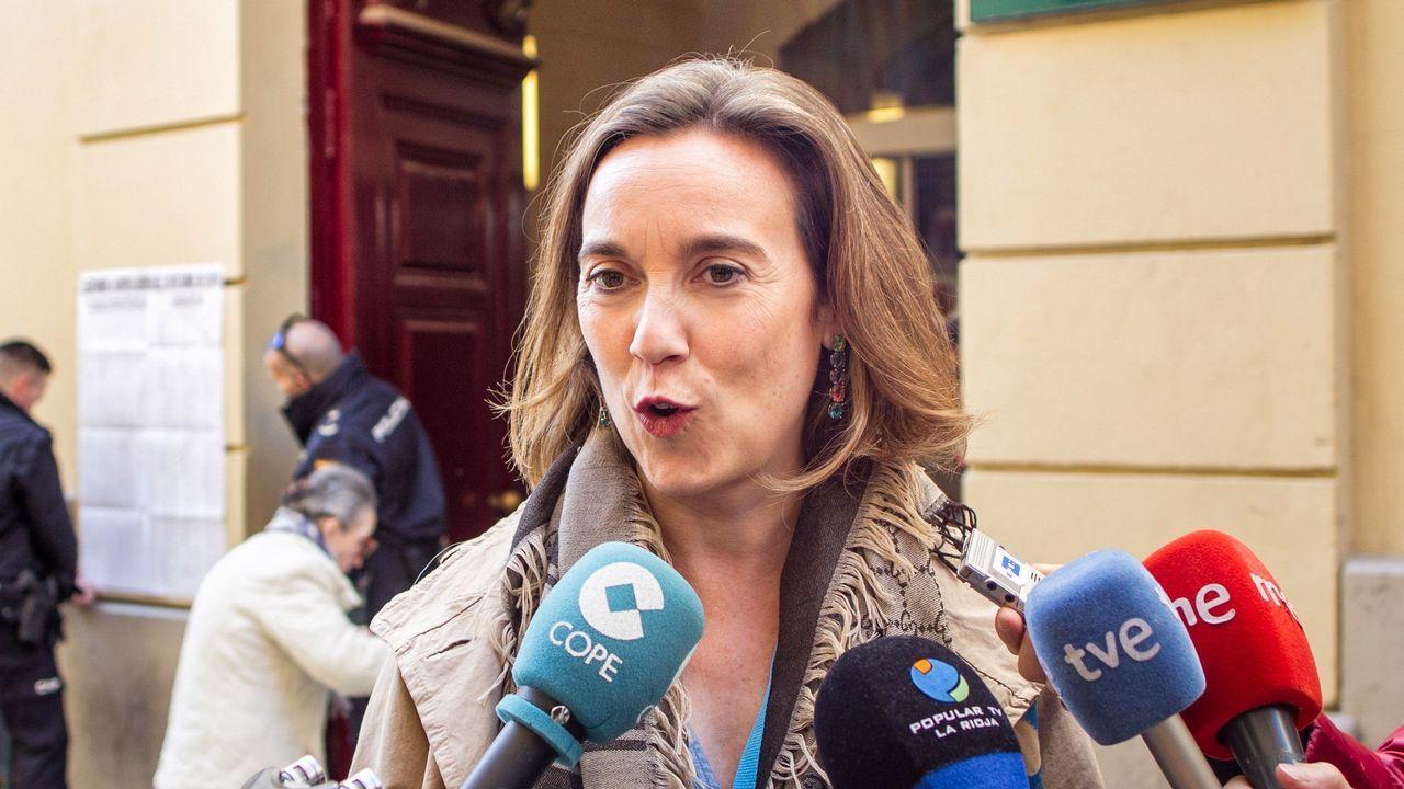 Pedro Sánchez y Pablo Iglesias rubrican el preacuerdo entre el PSOE y Unidas Podemos.Militantes socialistas pidieron a Pedro Sánchez, la misma noche del 10N, que buscase un acuerdo con Podemos
