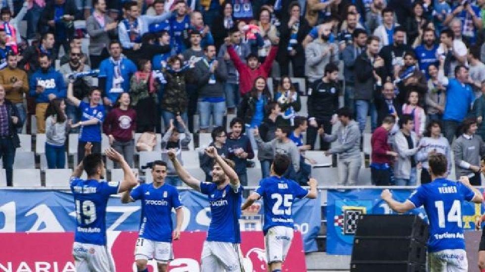 Michu Real Oviedo Nastic Carlos Tartiere.Los jugadores carbayones celebran el 2-0