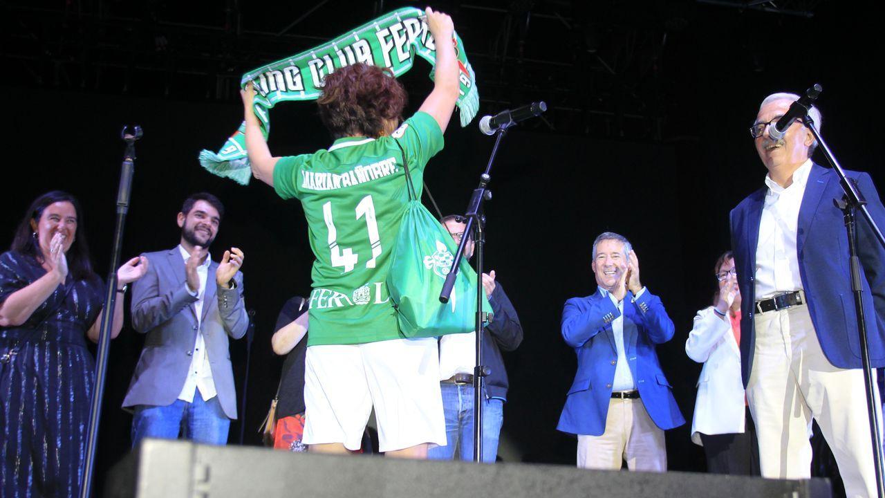 La pregonera Marián Bañobre y el presidente del Racing, José Criado