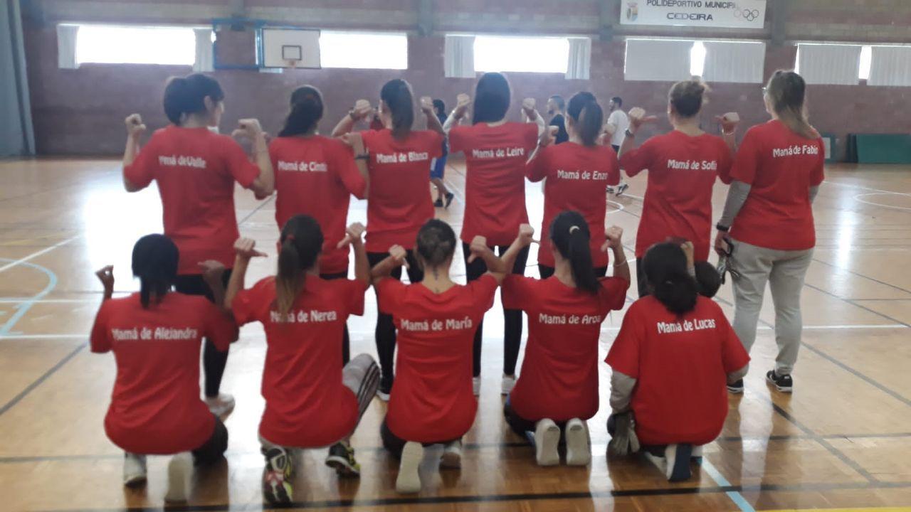 El Papá Noel más solidario.Actividade nun colexio polo Día das Letras Galegas