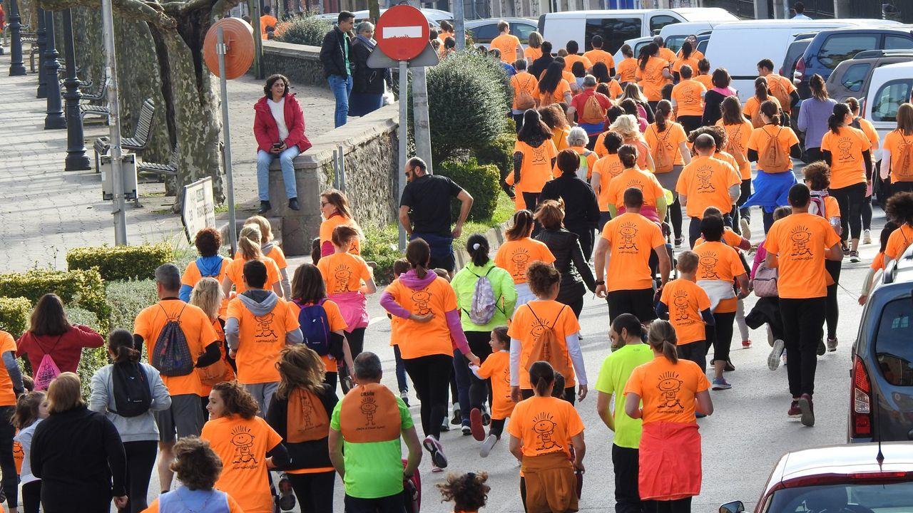 Momento de la carrera Galbán contra el cáncer infantil en Llanes