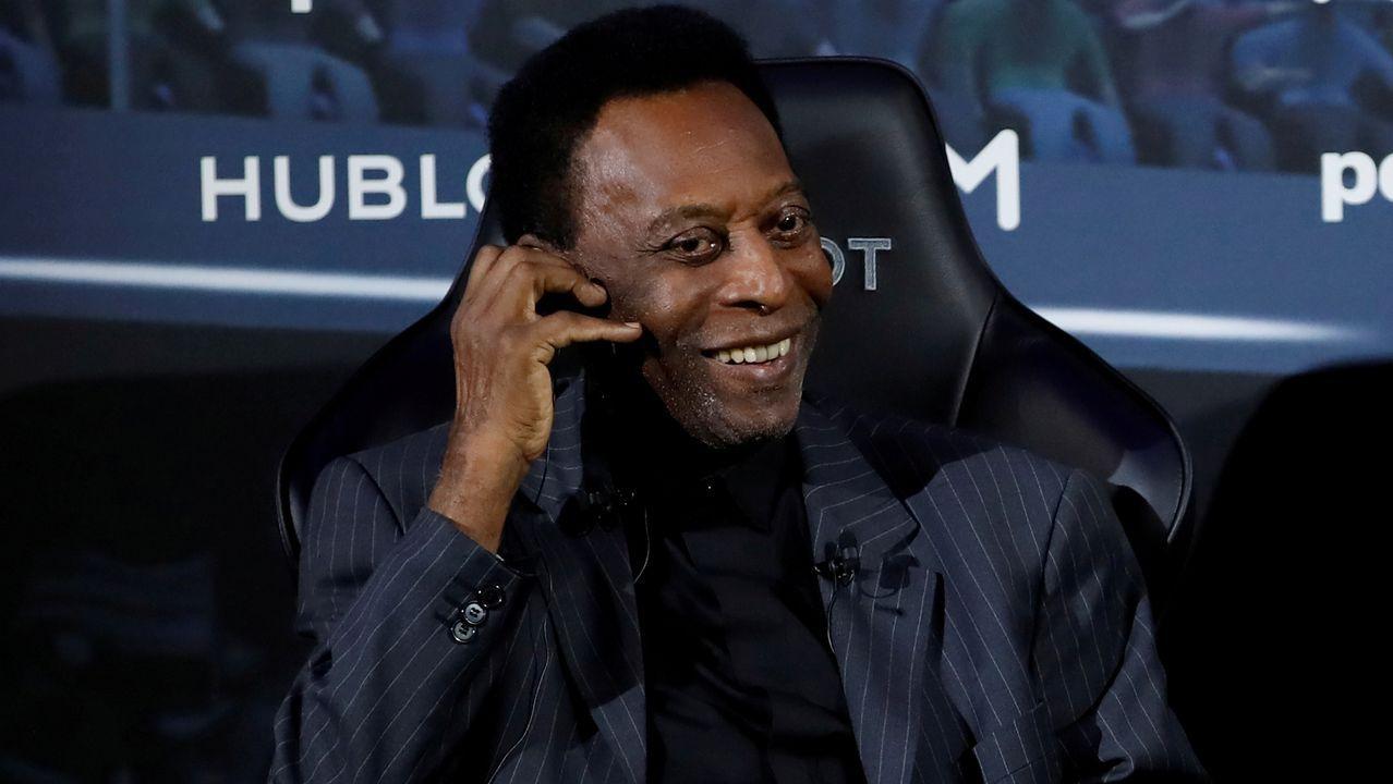 Pelé, en una fotografia hecha en Paris en abril