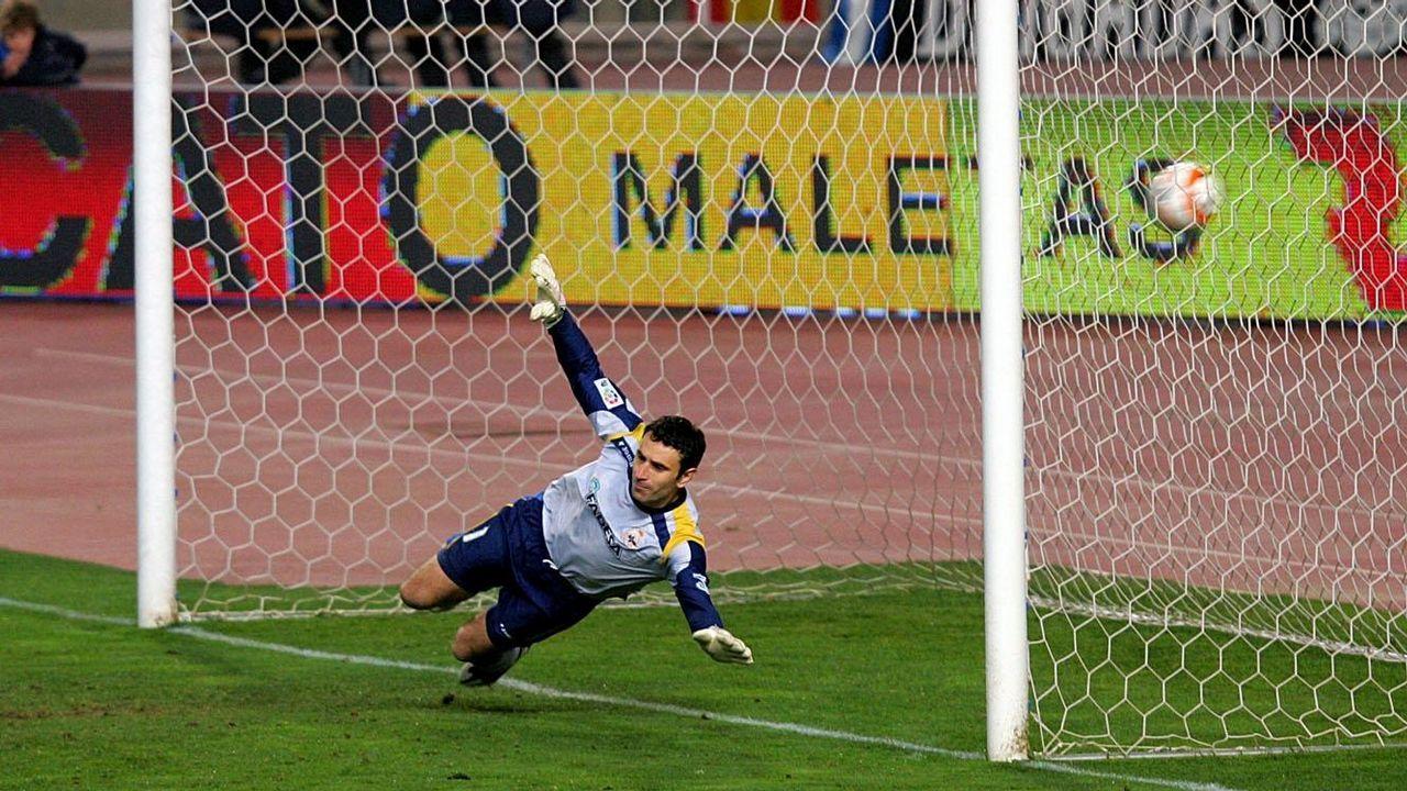 El meta podrá adelantar uno de sus pies en los lanzamientos de penalti