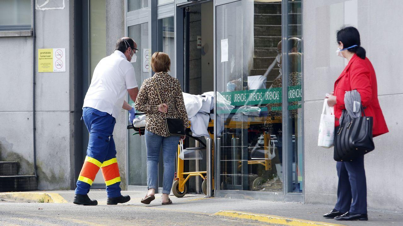 Gran Canaria vacía, contado por unas gallegas de las Rías Baixas.Entrada de Urgencias del Hospital Montecelo de Pontevedra