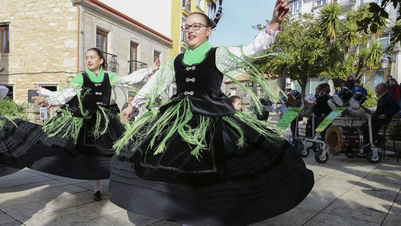 Actuación en las fiestas de Vimianzo