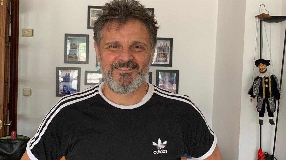 Xocas, entrenador del Pizarras Tres Cuñados, de la Segunda B de fútbol sala, superó el COVID-19