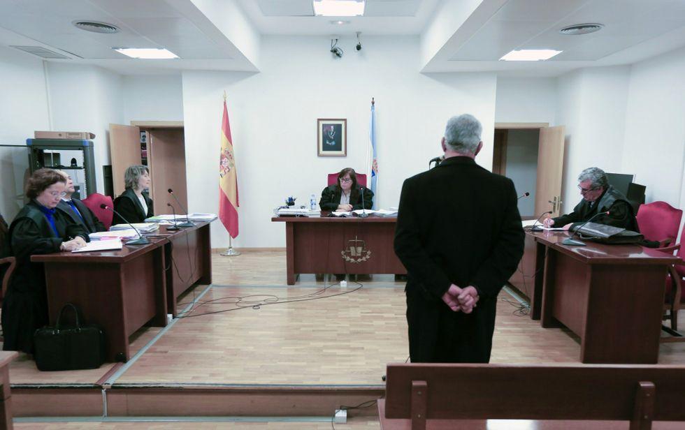 Los abogados mariñanos han de viajar a Lugo a los juicios que se celebran en los Juzgados de lo Pena.