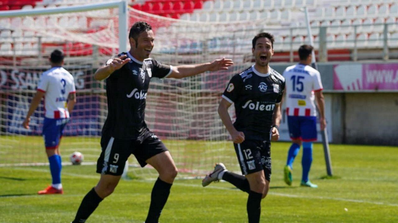 Armental, celebrando el 0-3 frente al Algeciras