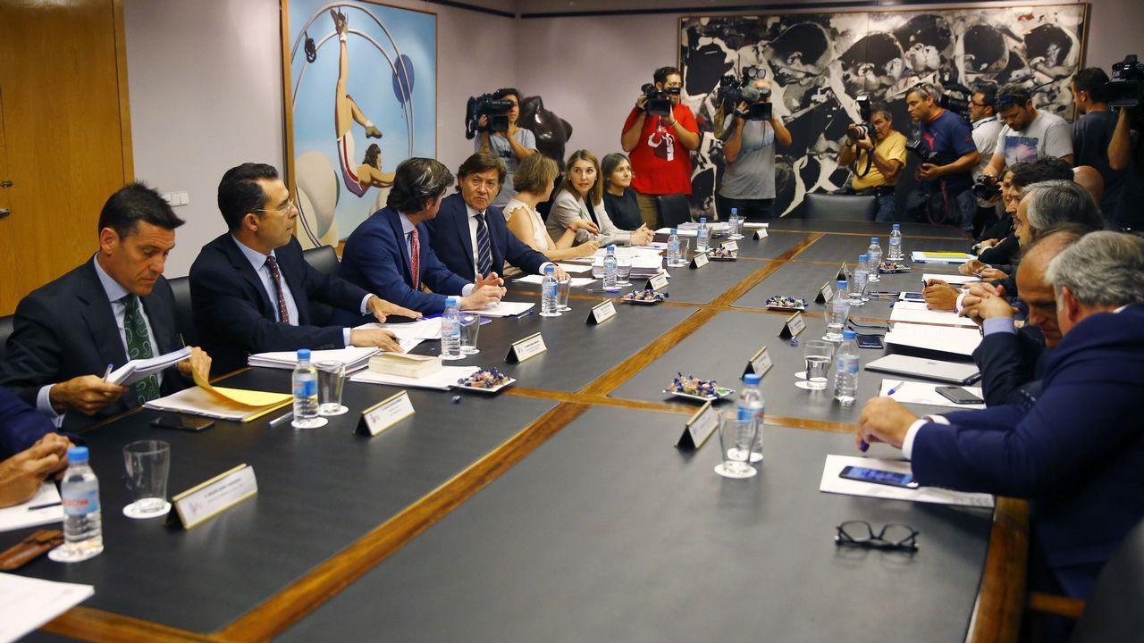 Villar, suspendido provisionalmente un año como presidente de la federación