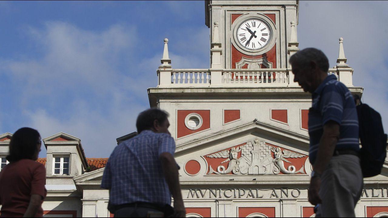 Estimación de voto en Ferrol.Votación en el colegio electoral del IES de Canido