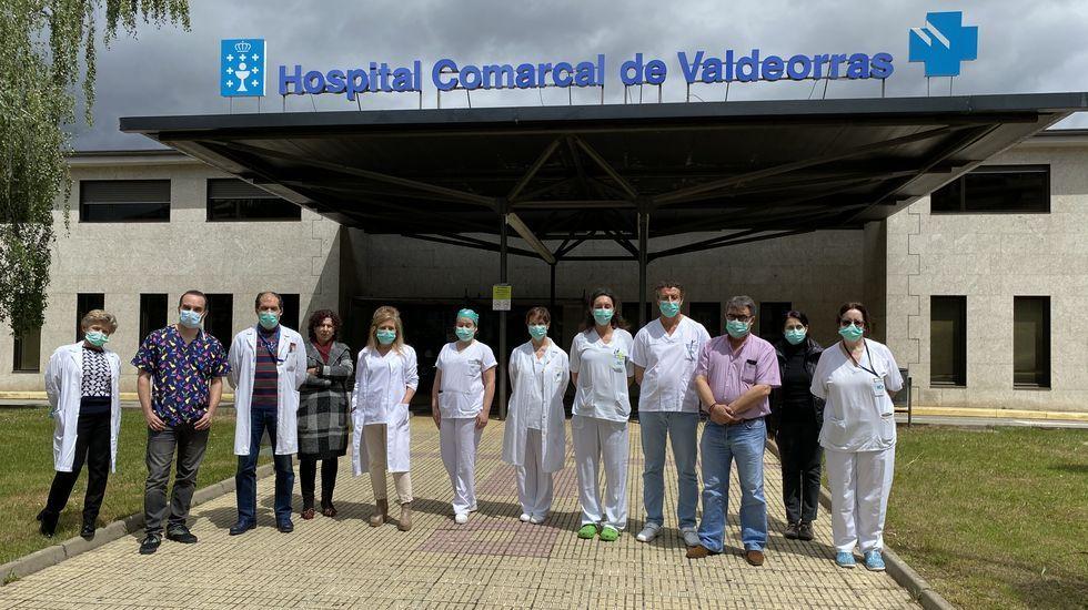Foto de familia de la comision de seguimiento de la pandemia en el distrito de Valdeorras