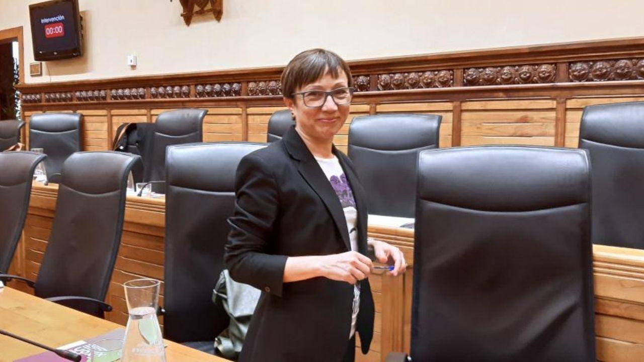 Yolanda Huergo, en el salón de plenos del Ayuntamiento de Gijón