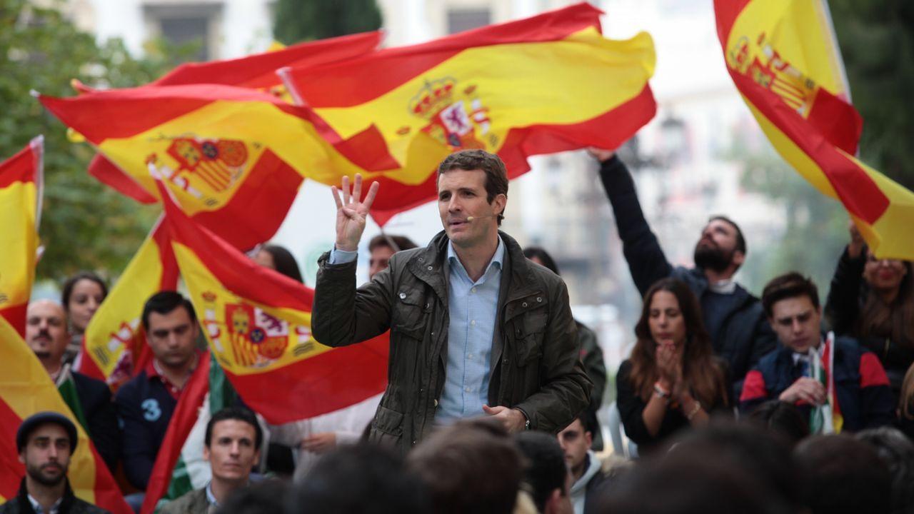 Los vídeos con los que el PP ha querido sonrojar a Iglesias en la comisión de financiación de partidos en el Senado.El alcalde de Siero, Ángel García.