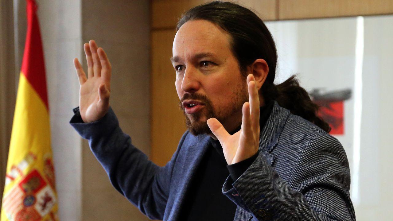 Los principales candidatos del 5A para las autonómicas.Albert Rivera, durante la rueda de prensa que ha ofrecido tras el anuncio de su fichaje por un despacho de abogados