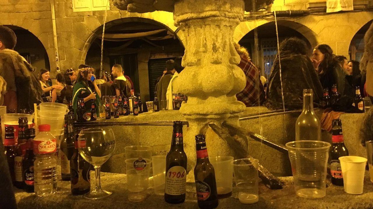 La fuente de la Praza do Campo, en honor a San Vicente, no tiene buena suerte, y siempre es usada para lo peor