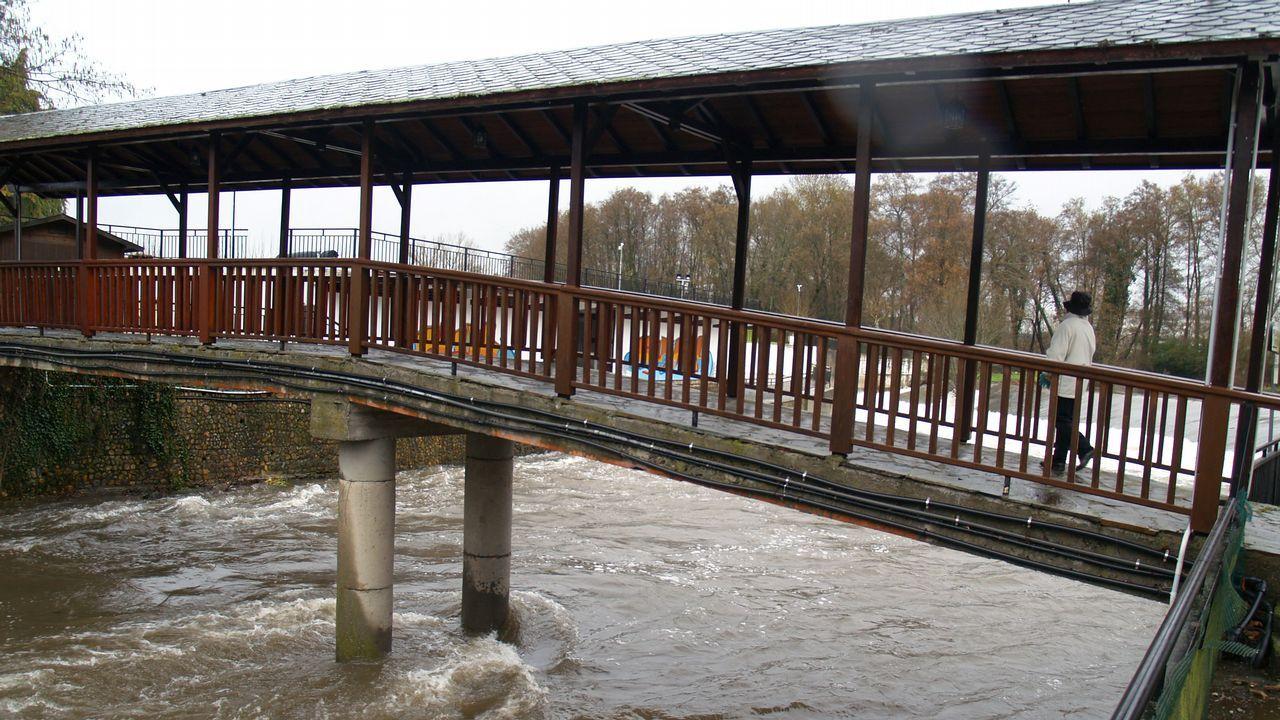 Crecida del río Cabe a su paso por Monforte