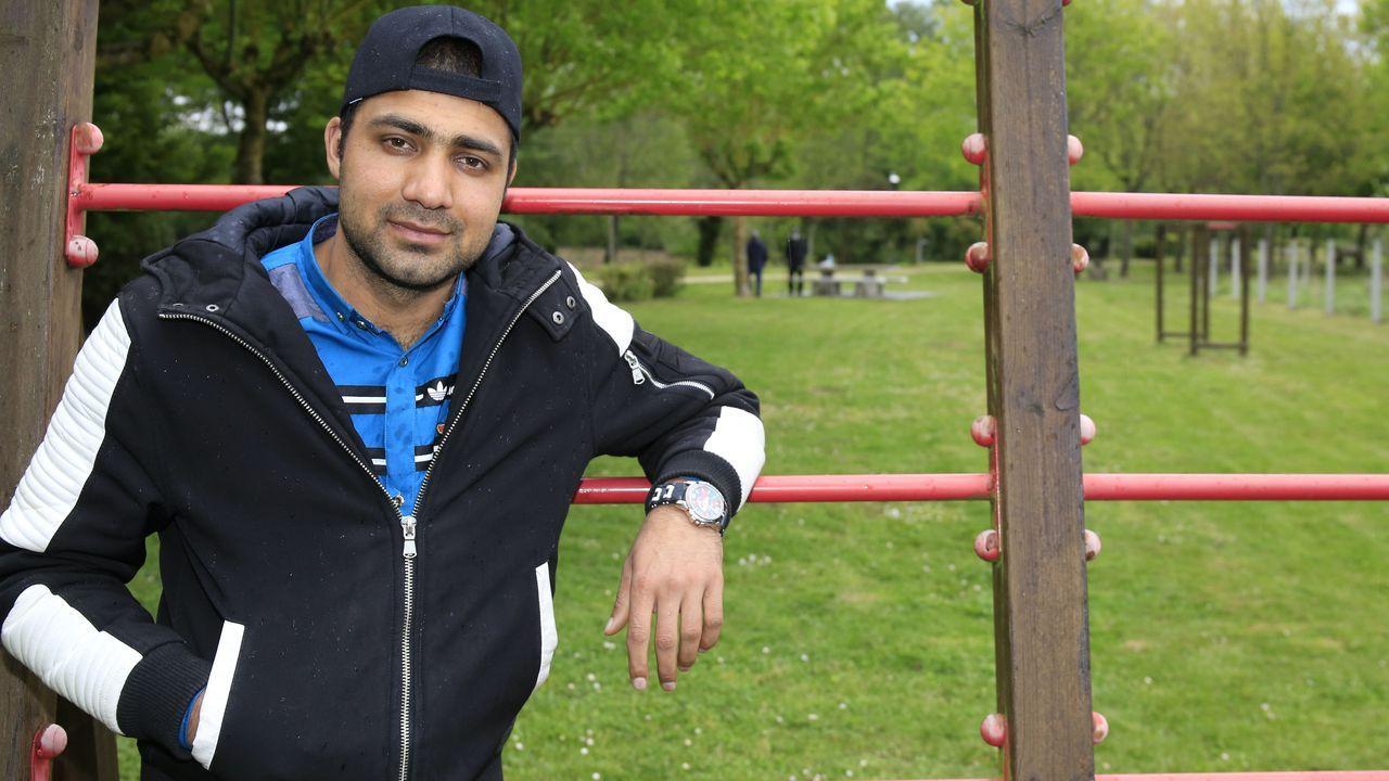 Mohamed Waseem tiene ahora 23 años y trabaja en una granja en Sarria