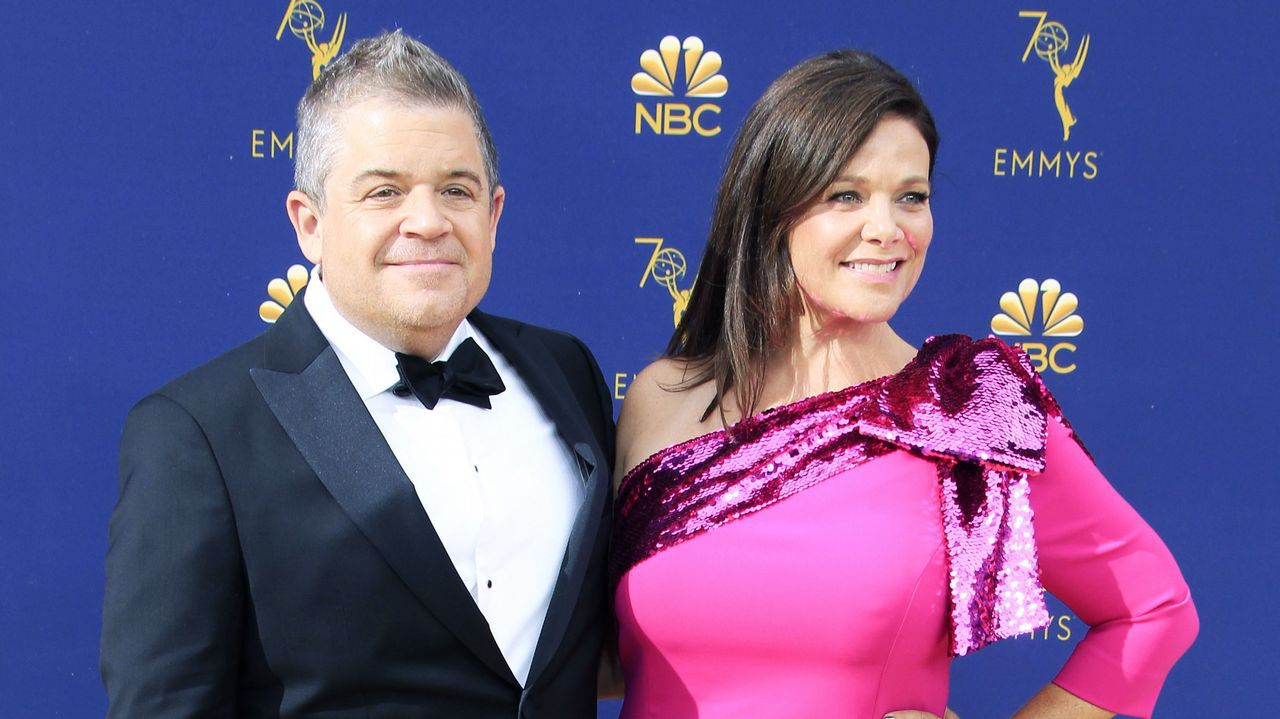 Emmy 2018: Patton Oswalt y Meredith Salenger