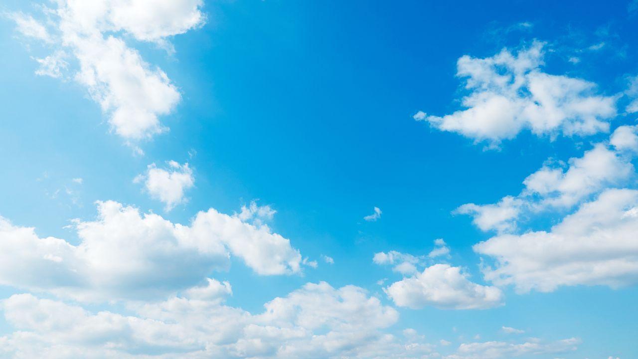 El meteorólogo asturianoque capturó las nubes.Iglesias y Rivera, en la cafetería del Congreso en una foto difundida por el alcalde de Valladolid, Óscar Puente, en las redes sociales