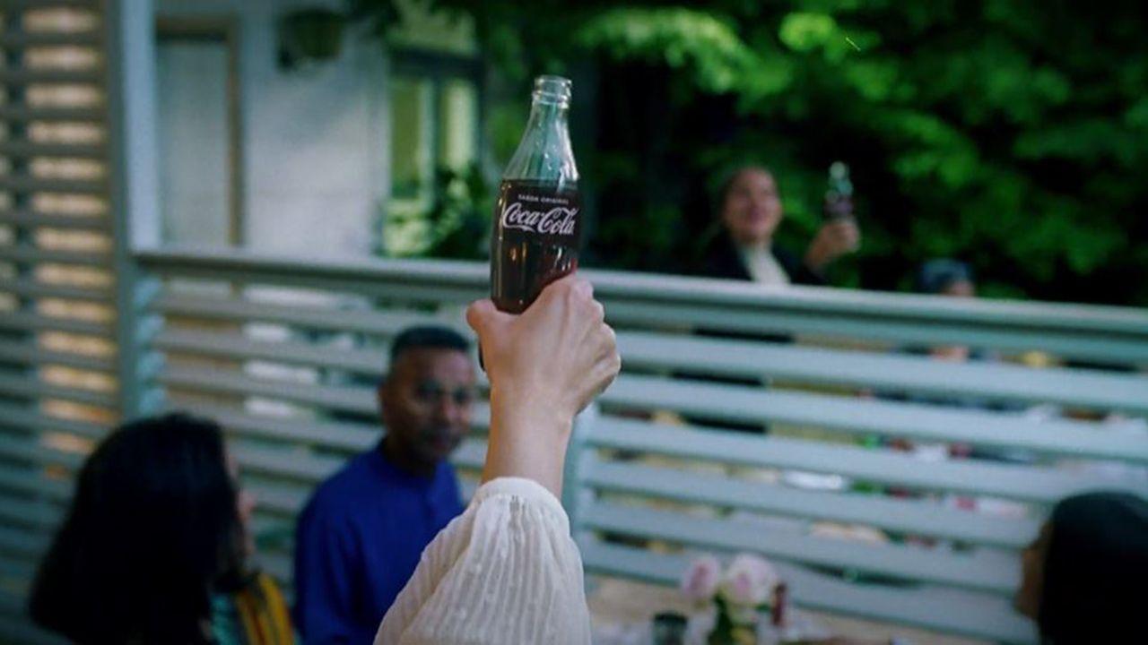 Nuevo anuncio de Coca-Cola, «Más abiertos que nunca»