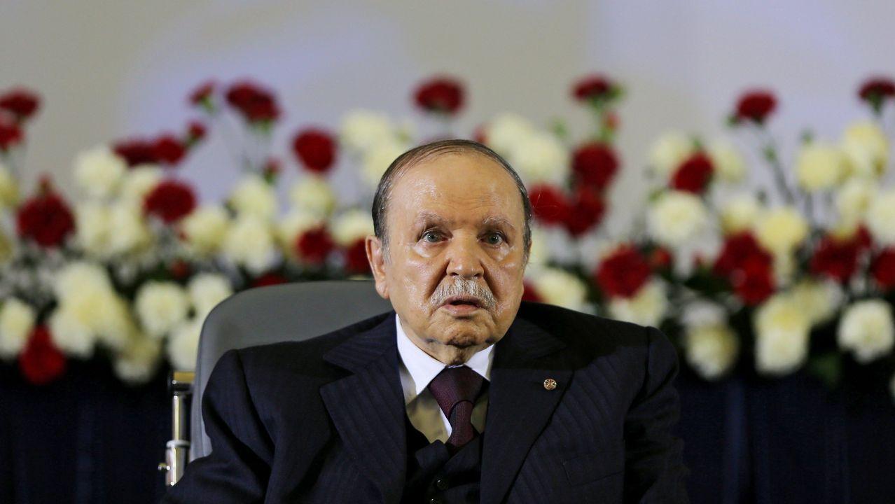 Casado se ve una victima de «fake news».Desde el 2013, Buteflika se mueve en una silla de ruedas empujada por su hermano Said y sus apariciones públicas son inusuales