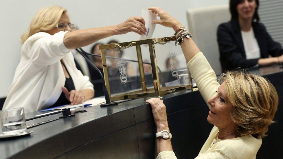Junto a Manuela Carmena, alcaldesa de Madrid.