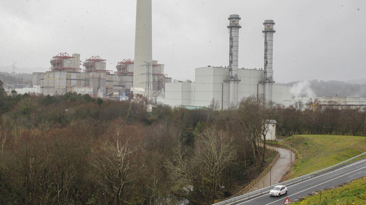El Bergantiños-As Pontes, en imágenes.Endesa posee en As Pontes una central de ciclo combinado y otra de carbón, que prevé cerrar este verano