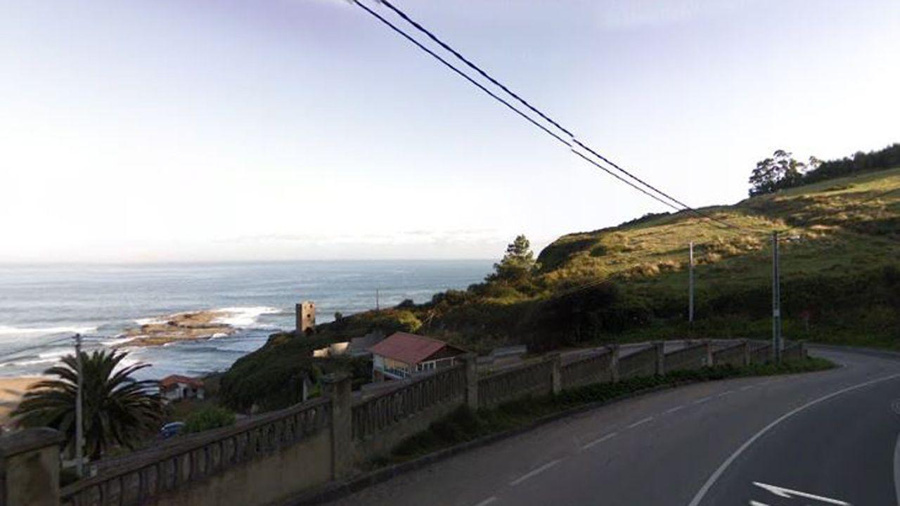 Carretera 1 en las proximidades de La Ñora