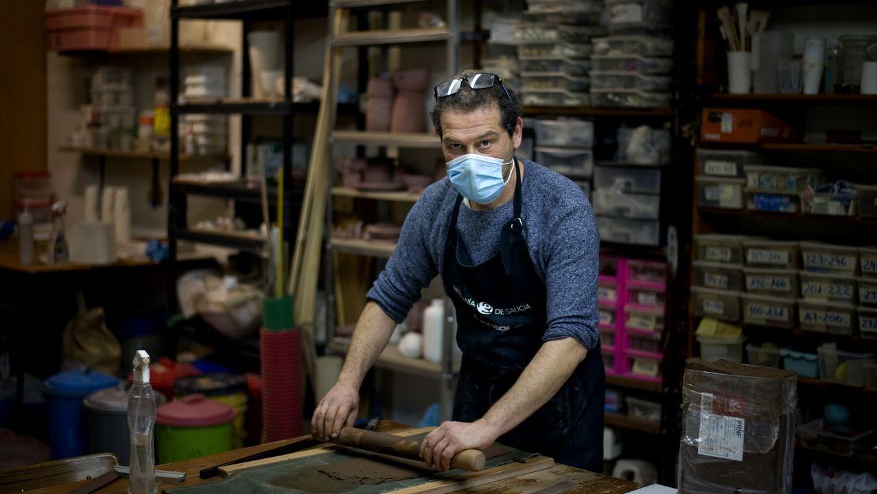 En el taller de Víctor Ares
