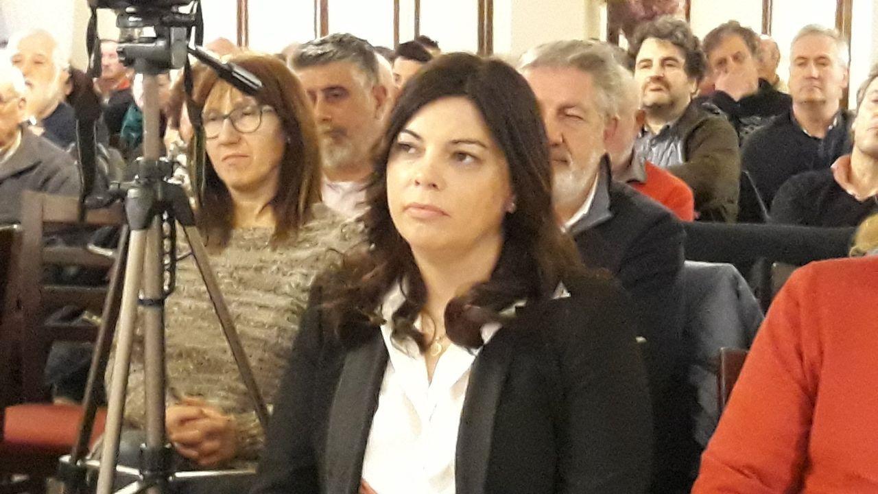 La alcaldesa del PSOE calificó de« irresponsable» la decisión de los concejales de Son de Trives