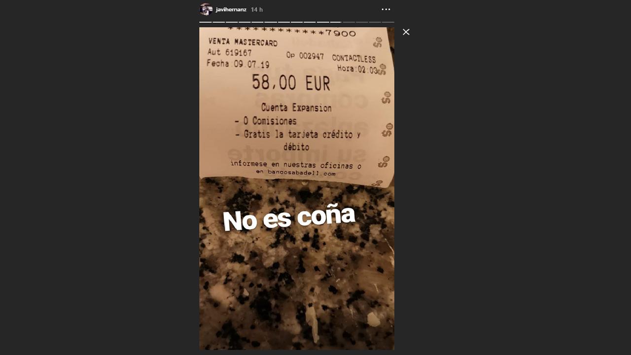 El ticket del pago de 58 euros de Javier Hernanz por el trayecto del aeropuerto a su casa