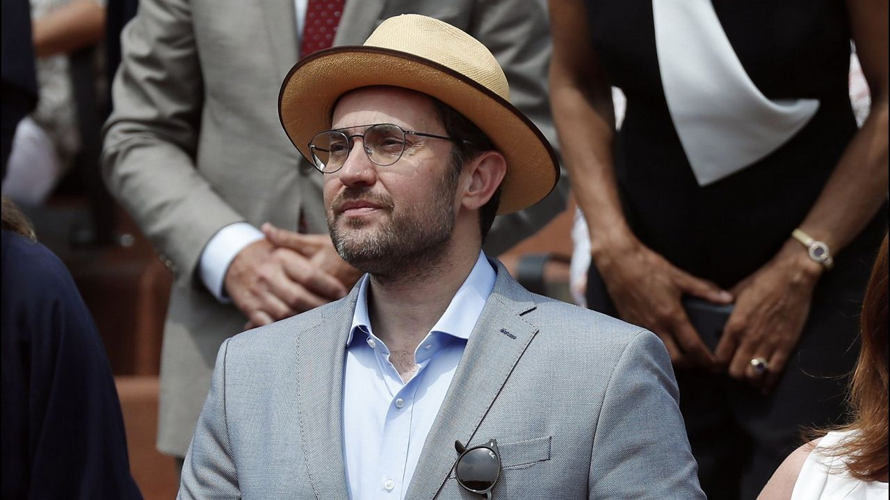 Sánchez respalda a su ministro, de momento.El presidente del Gobierno, Pedro Sánchez, durante la toma de posesión de sus ministros