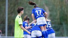 Las futbolistas del Real Oviedo Femenino celebran un tanto