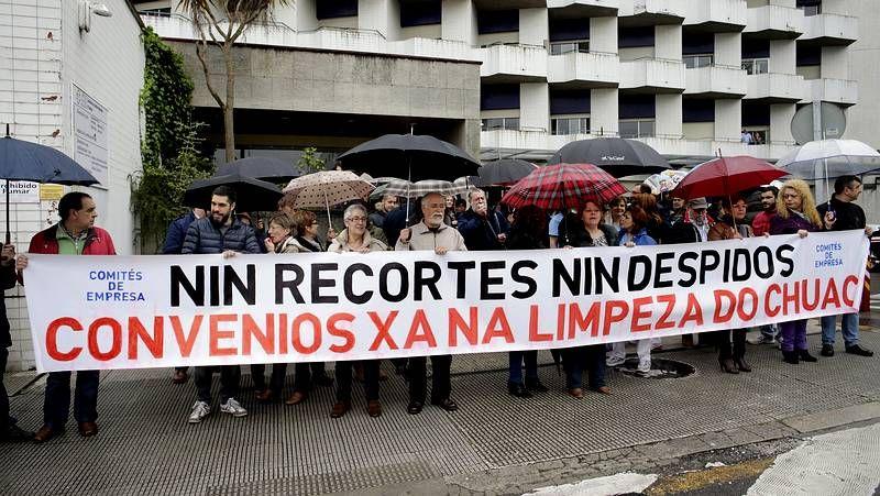 Protesta ante la gerencia del Chuac