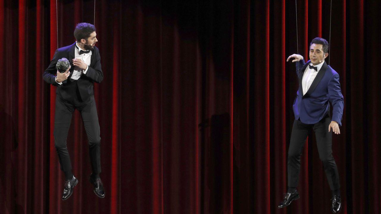 Los cómicos David Broncano y Berto Romero durante la entrega del Goya a los mejores efectos especiales.