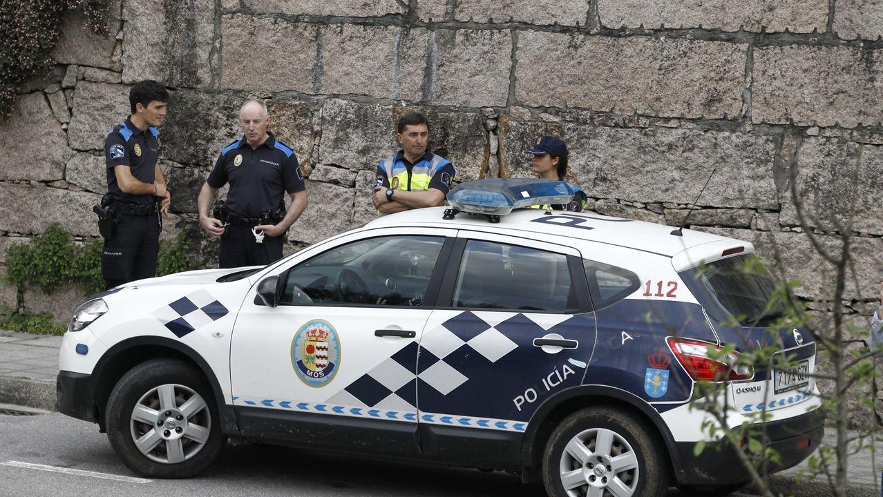 La Policía realiza un control durante la cuarentena de coronavirus en Gijón
