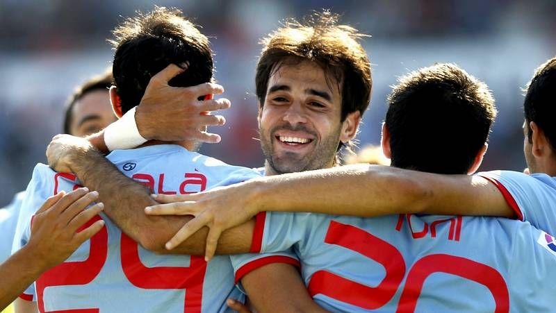 Roberto Lago pagó el desequilibrio del equipo vigués en su costado izquierdo.