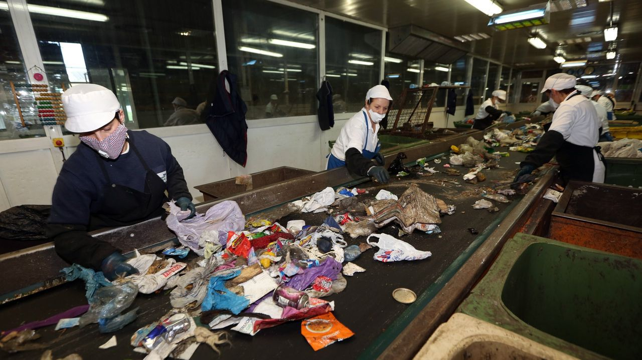 En la planta de Servia se procesan los residuos procedentes de nueve municipios