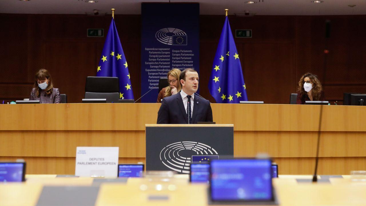 Sinkevicius, este martes, en el Europarlamento, durante una de sus dos intervenciones en el debate sobre el reglamento de control de la pesca
