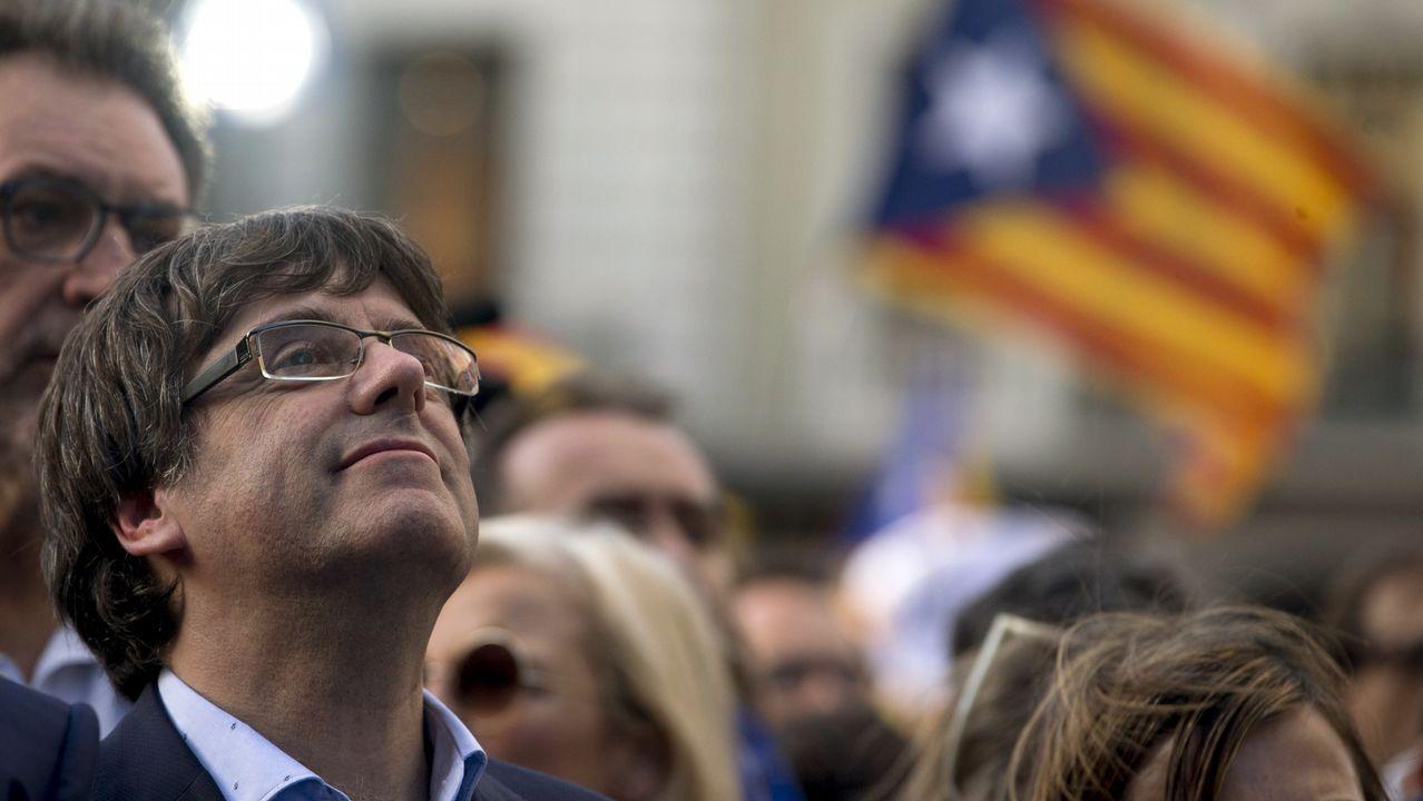 Barcelona acoge una gran marcha unionista.Alfonso Guerra