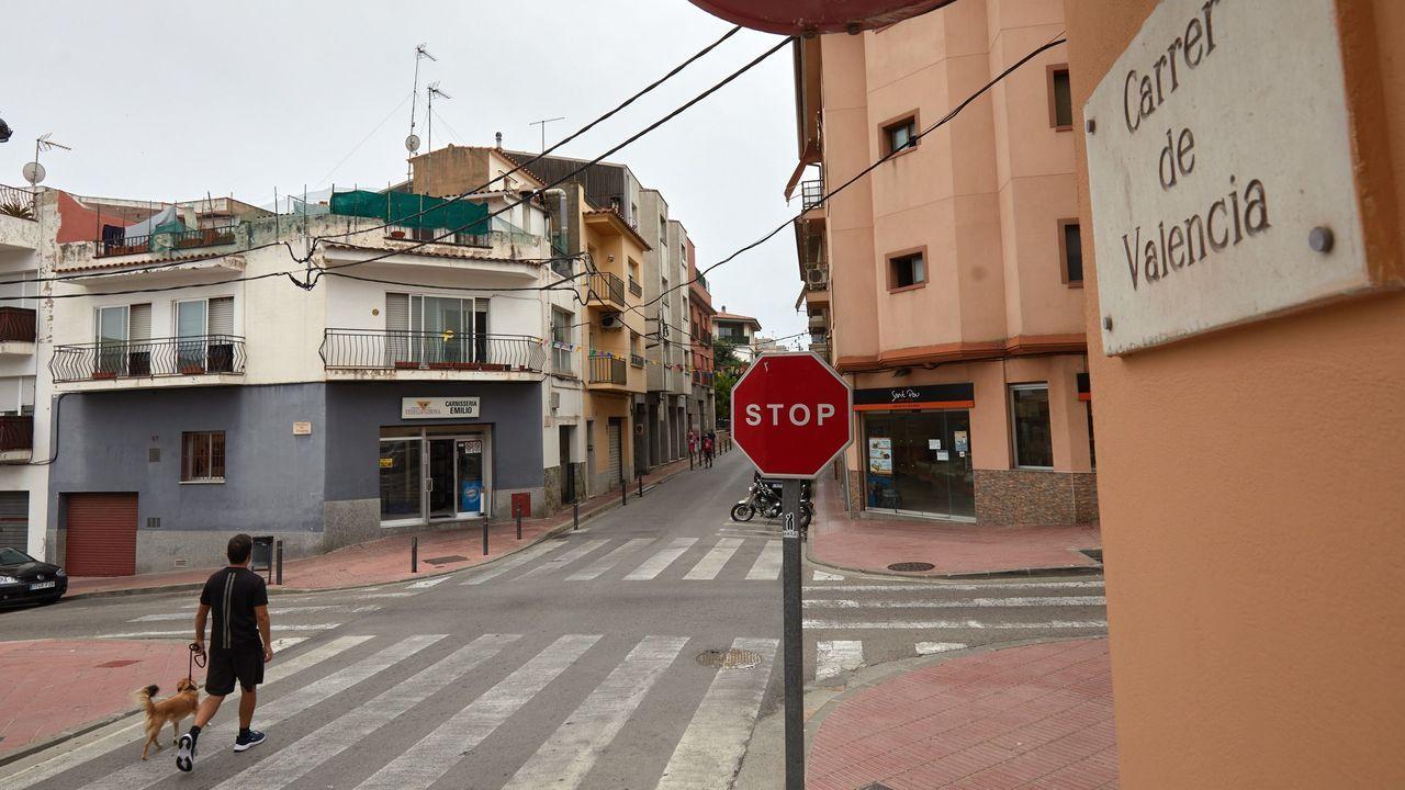 Aspecto de la calle donde se produjo el ataque con sosa cáustica
