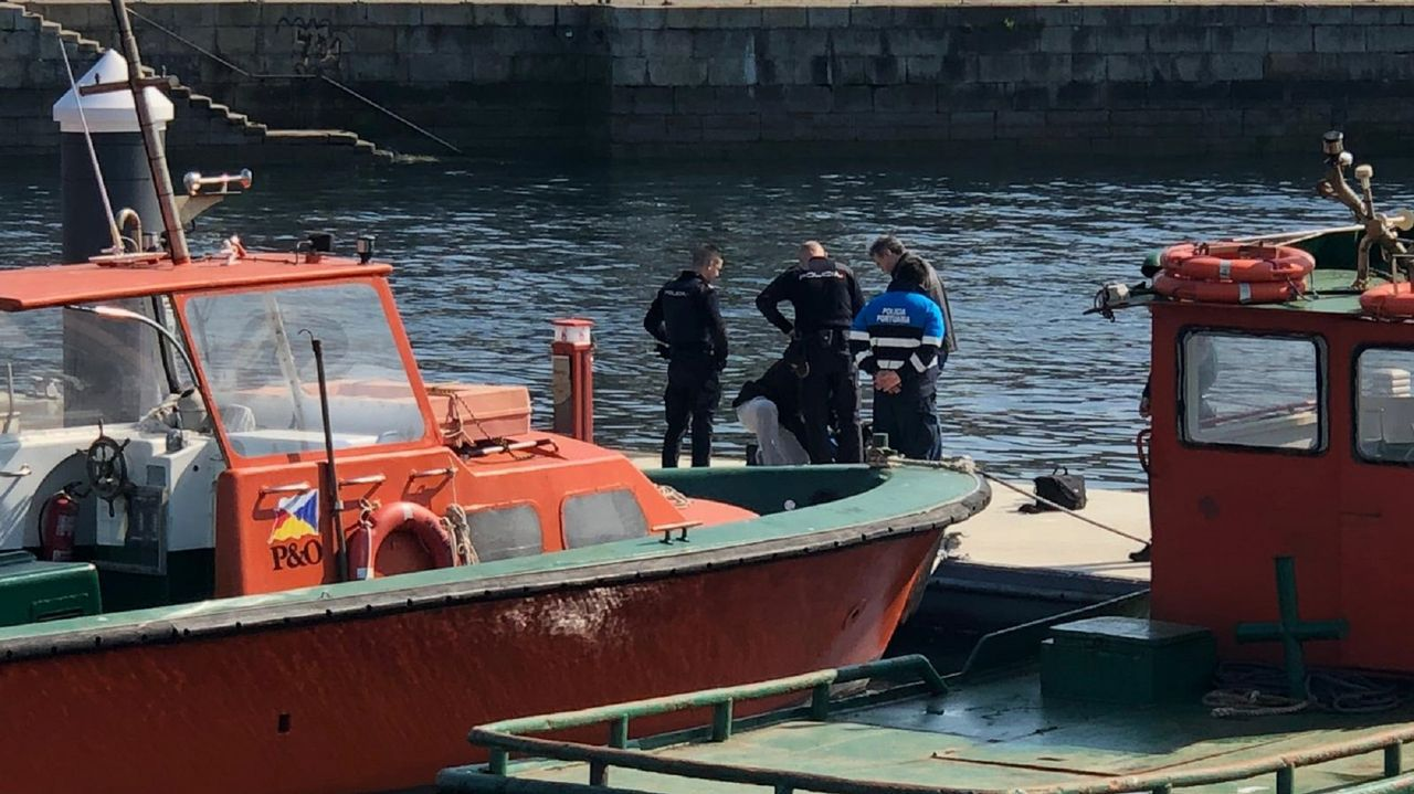 Hallan los cuerpos sin vida de dos hermanos que salieron a pescar en la costa de Ferrol