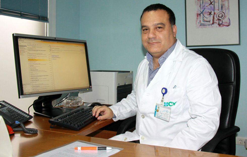 Un manto blanco cubre las montañas de Galicia.Ciro Cabezas se estrenó como gerente del hospital de O Barco el pasado 11 de enero.