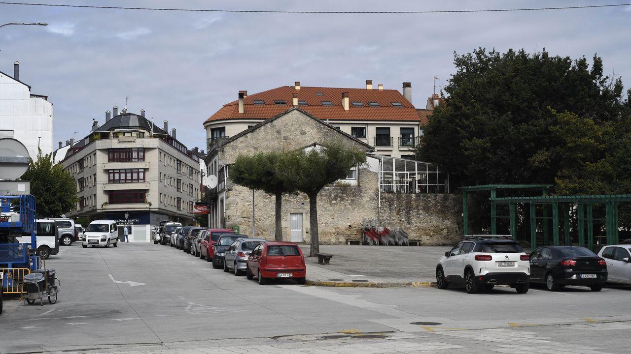Derribo de la iglesia gótica del complejo monacal de San Francisco de Oviedo, que se ubicaba entre las calles Fruela y Santa Susana