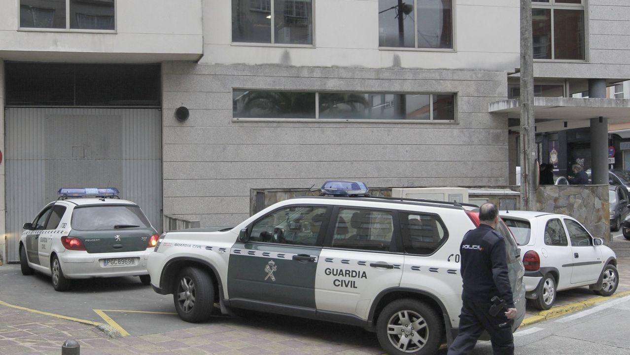 Las imágenes del 26M en Ferrol, Eume y Ortegal.Una urna con votos