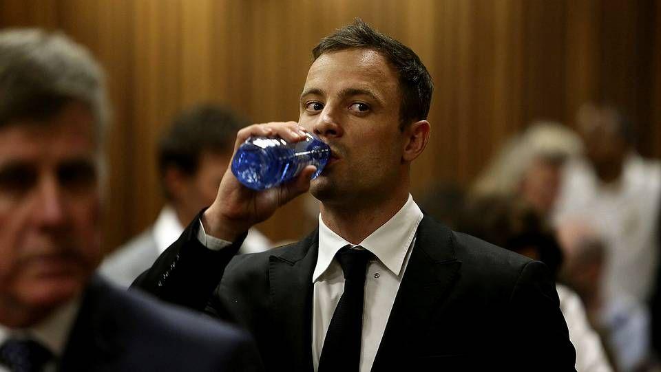 Oscar Pistorius durante el cuarto día de procedimientos antes de que la jueza dicte sentencia contra él