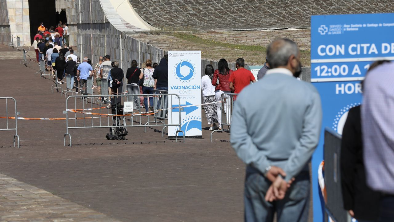 En directo: Feijoo comparece para dar cuenta de las medidas adoptadas por el comité clínico.Terraza del Gramola, en Pontevedra