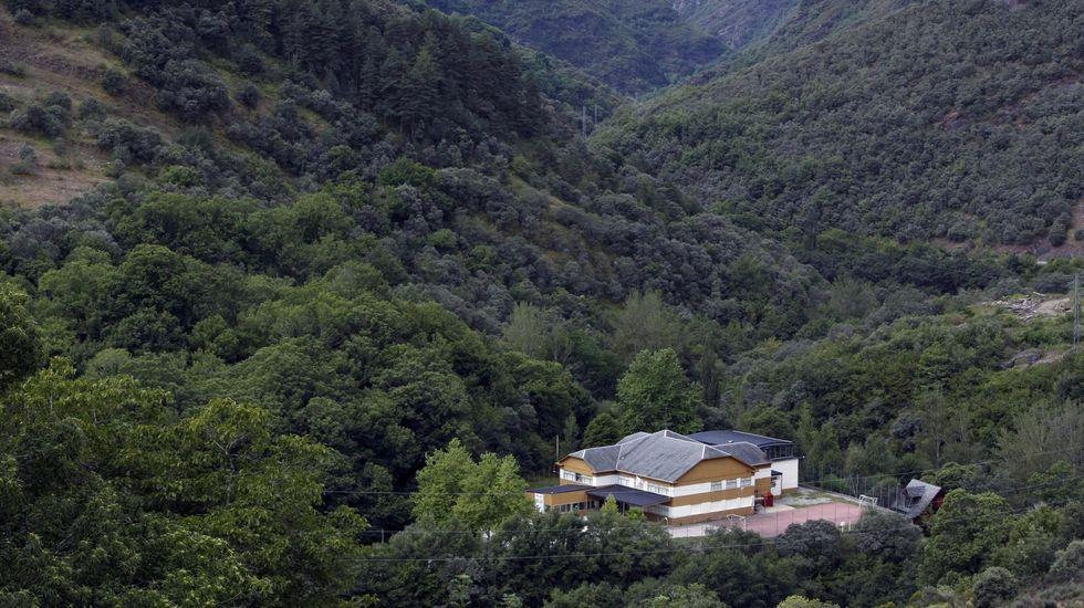 Cribado masivo en Viveiro.El colegio de Folgoso do Courel se encuentra en las inmediaciones del pueblo de Seoane